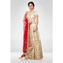 Offwhite Embroidered Lehenga Set With A Net Dupatta